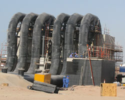 Borsafe pipe employed in the construction of cracking plant